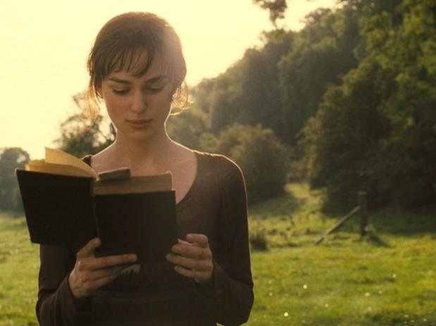 pride-and-prejudice-keira-knightley-reading-a-book